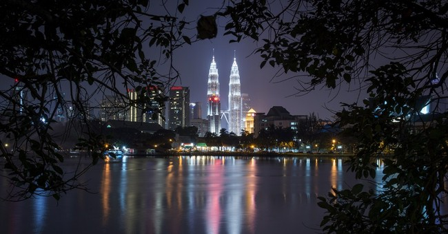 Malaysia detains 17 people suspected of plotting terror acts