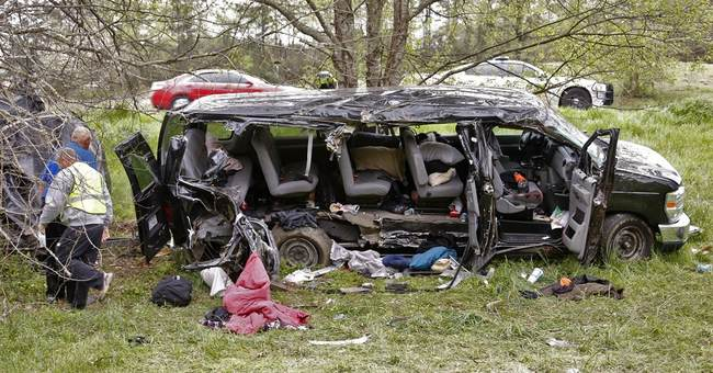 Authorities: Van goes off road in Georgia; 3 dead, 8 injured