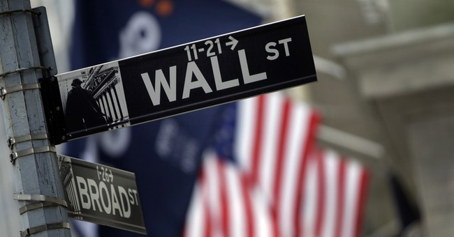 US stocks edge higher, putting market on track for 3rd gain