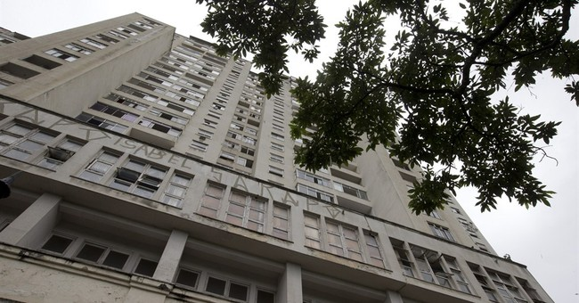 Squatters invade Rio building once billed as Olympic hotel
