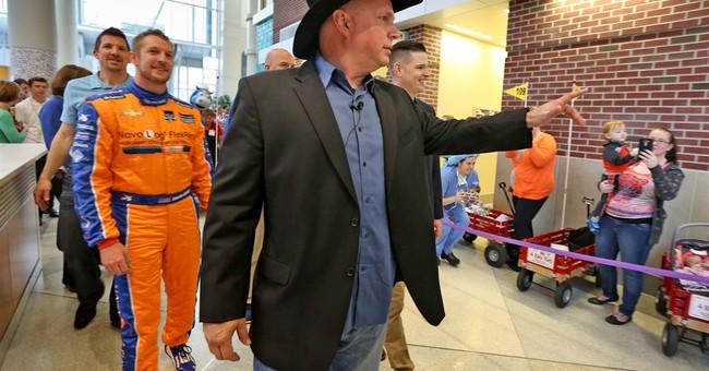 Garth Brooks dedicates child play zone at Indiana hospital