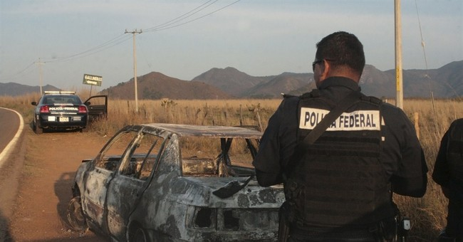 Attack in western Mexico kills 15 police officers, wounds 5