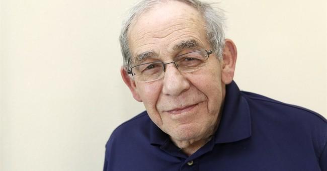 Watergate historian Kutler dies; sued to release Nixon tapes
