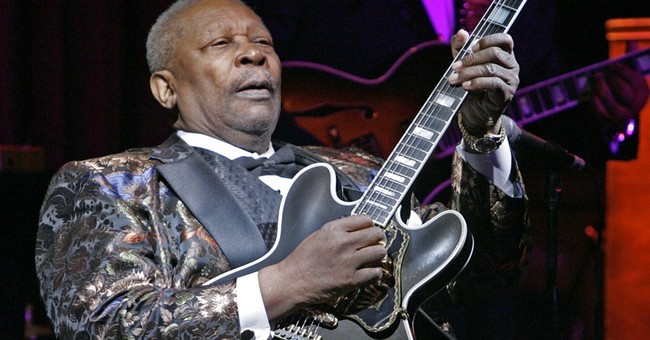 Blues legend B.B. King tells fans he's leaving hospital