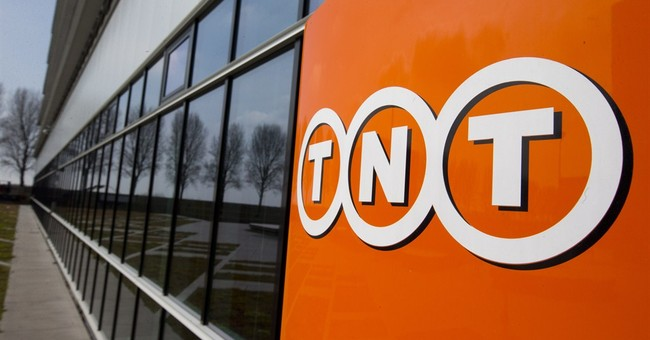 FedEx agrees to take over Dutch rival TNT Express
