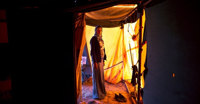 AP PHOTOS: Pregnant Syrian refugees fearful of future