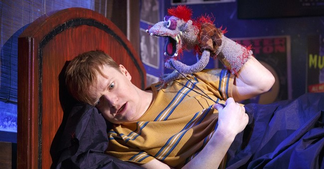 Review: Ambitious 'Hand to God' mixes violence and puppets