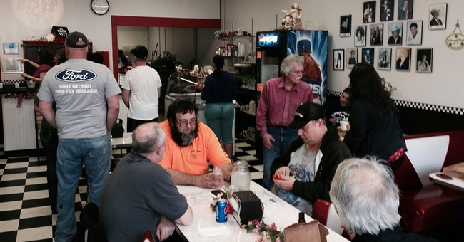 Northern Indiana pizzeria that backed religious law reopens