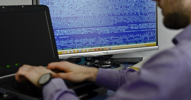 """Russia Hacks Pentagon Computers With """"Sophisticated Cyberattack"""""""