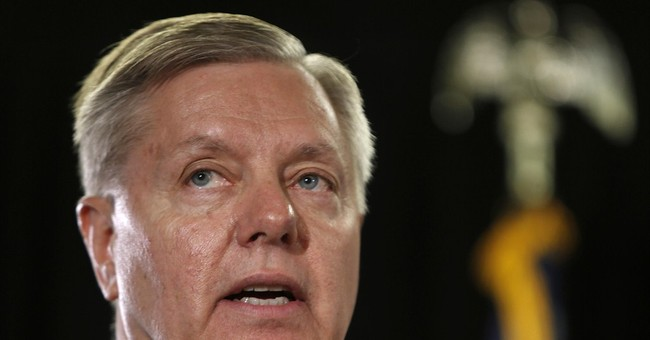 Lindsey Graham Sees No Hope for GOP in 2016 Race