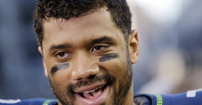 Seahawks QB Russell Wilson Upgrades Soldier's Seat to First Class