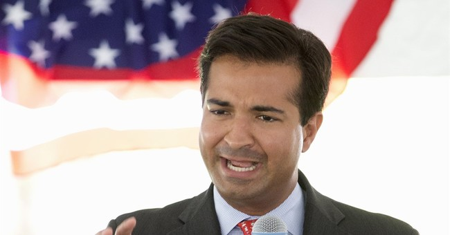 Hispanic Caucus Rejects Republican Rep. Carlos Curbelo's Attempt to Join