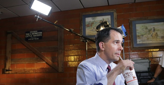 USA Today Reporter Covering Scott Walker Once Signed A Petition To Recall Him