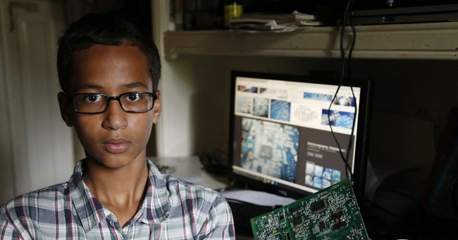 'IStandWithAhmed' Hashtag Is Not About Authoritarian Bureaucrats; It's About Pretend Islamophobia