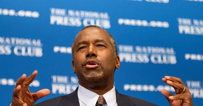 Carson Takes Top Spot in National Poll for First Time