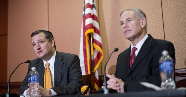 Frustrated TX Governor Says Supreme Court 'Politics' Will Result in Split Immigration Decision