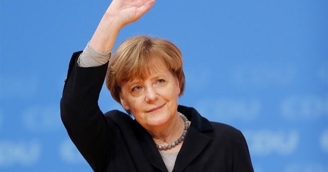 Merkel Seeks To 'Drastically Decrease' Number of Refugees Entering Germany