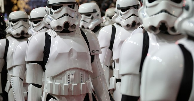Star Wars: 5 Political Lessons