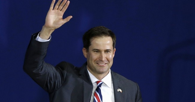 Seth Moulton Leaves the Race...With a Warning for His Leftist Opponents
