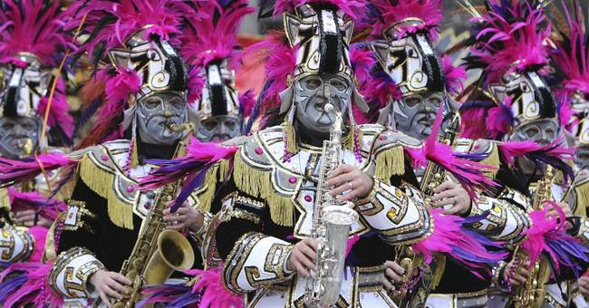 Philadelphia celebrates New Year's Day with Mummers Parade