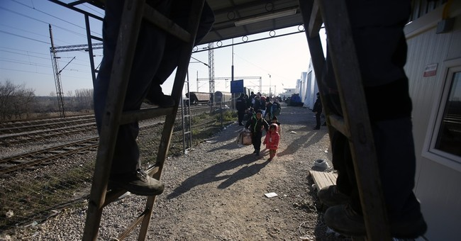 As 2016 dawns, Europe braces for more waves of migrants