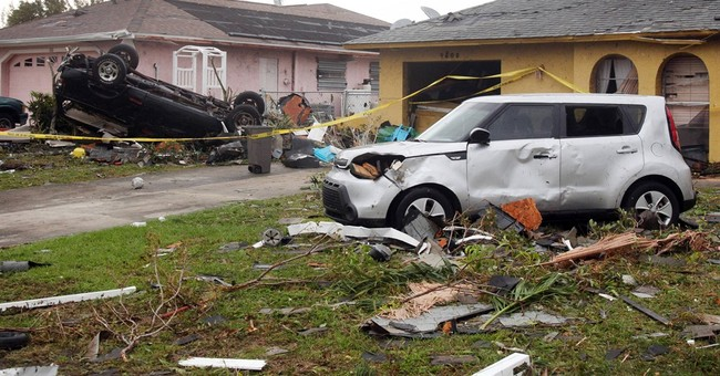 Tornado touches down in southwest Florida, damages homes