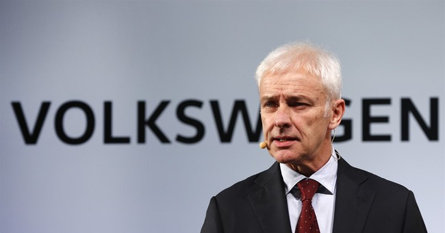 VW CEO plans to submit emissions fixes to EPA chief