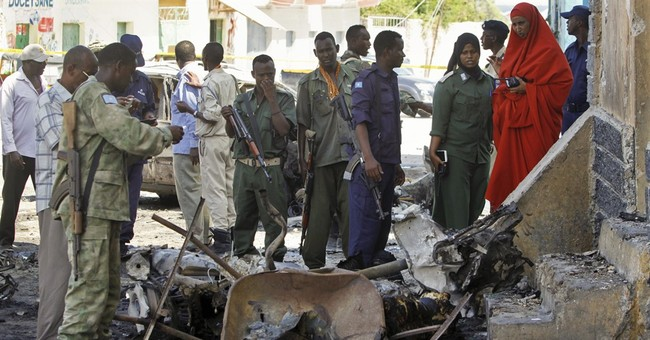 Somalia: Car bomb kills 2 at restaurant in the capital
