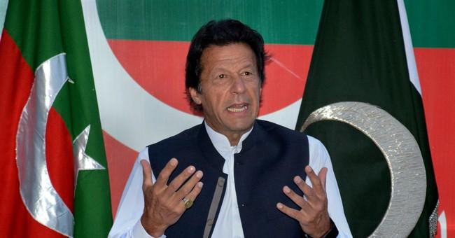 Pakistan PM under fire over offshore accounts leak
