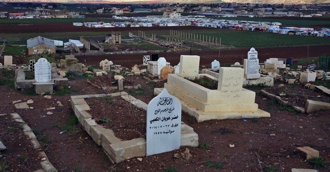 Syrians struggle to find place to bury their kin in Lebanon