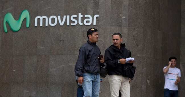 Venezuela's cellphone providers suspend international calls