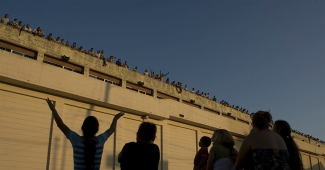 Report: Most Mexican prisons overcrowded, dirty, dangerous