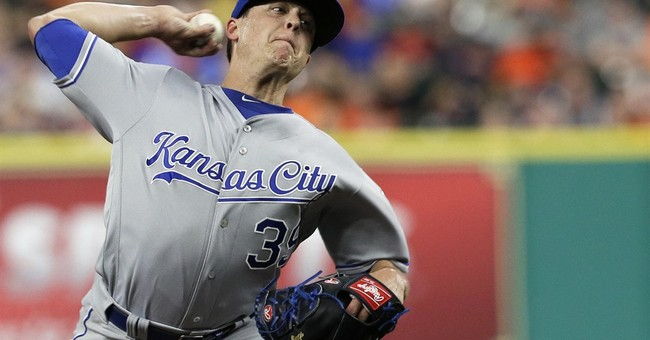 Cain's early homer powers Royals over Astros 3-2