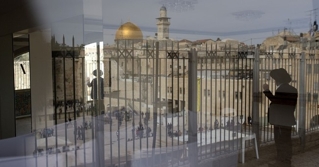As attacks subside, Jerusalem tries to return to normal