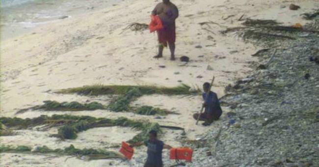 APNewsBreak: Navy flyer describes spotting island castaways