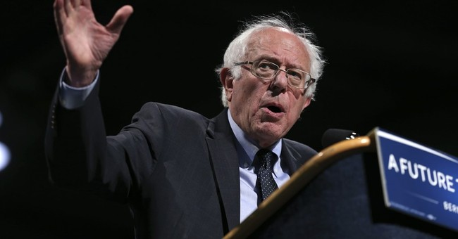 Sanders tours Roosevelt site, says nation can learn from FDR