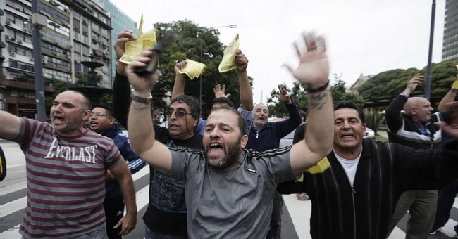 Uber launches in Argentine capital despite protests