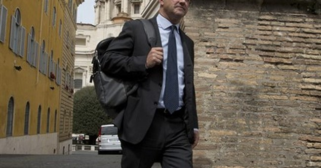 Reporter tells Vatican court he was obliged to publish news
