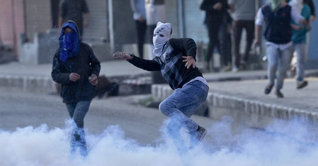 4th Kashmiri dies in clashes with Indian troops amid curfew