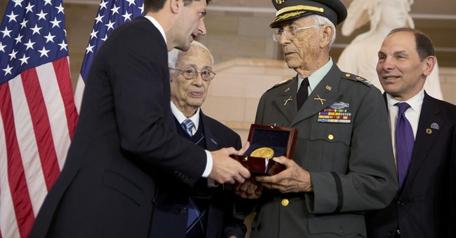 Congress honors Army's Borinqueneers with gold medal