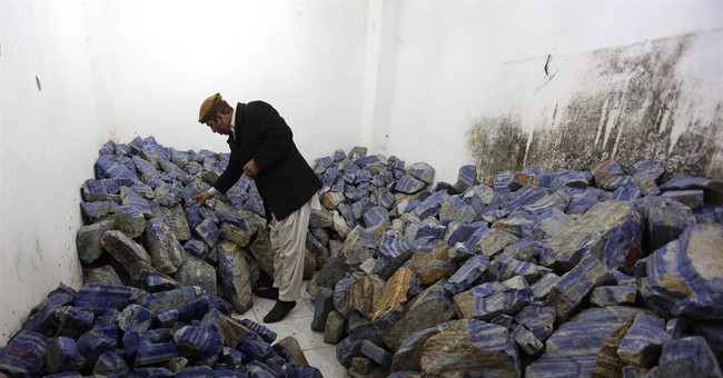 Afghan mineral wealth being looted by strongmen, experts say