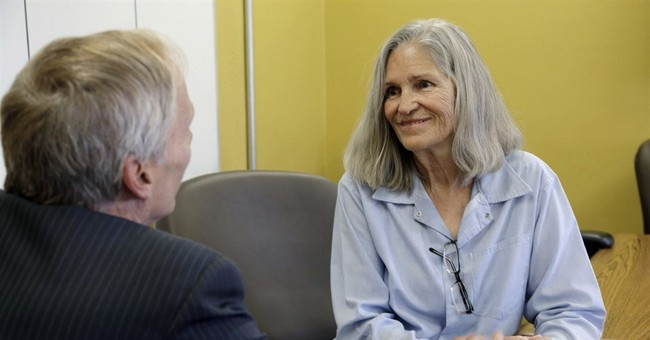 Panel recommends parole for ex-Manson follower Van Houten