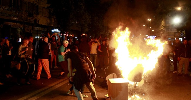 Protests continue for 3rd night in Macedonia over pardons