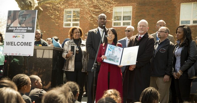 After apology, Philly among many Jackie Robinson tributes