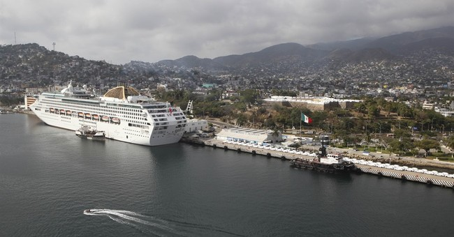 US bars government employees from traveling to Acapulco