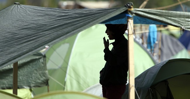 Rights groups eager for papal spotlight on Europe's refugees