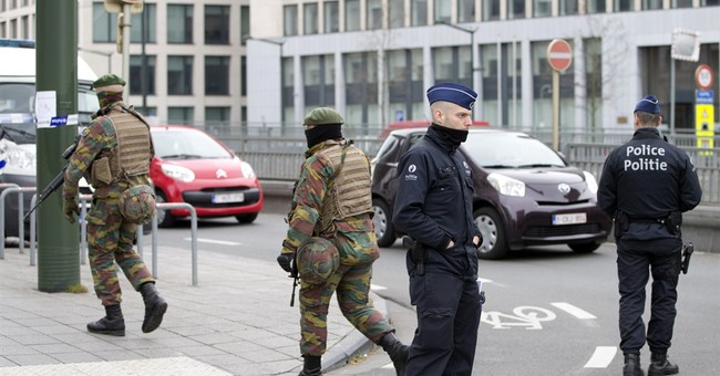 Belgian minister resigns after airport security criticized
