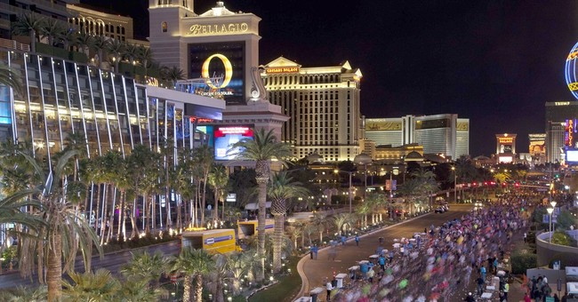 New report says tourists spending more money in Las Vegas