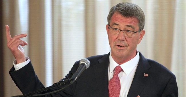 Pentagon chief: US eyes ways to step up Islamic State fight