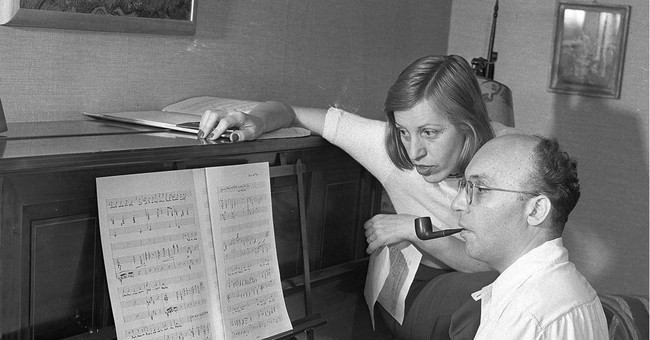 New York competition honors composer of 'Threepenny Opera'